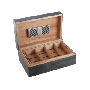 humidor davidoff churchill traveller